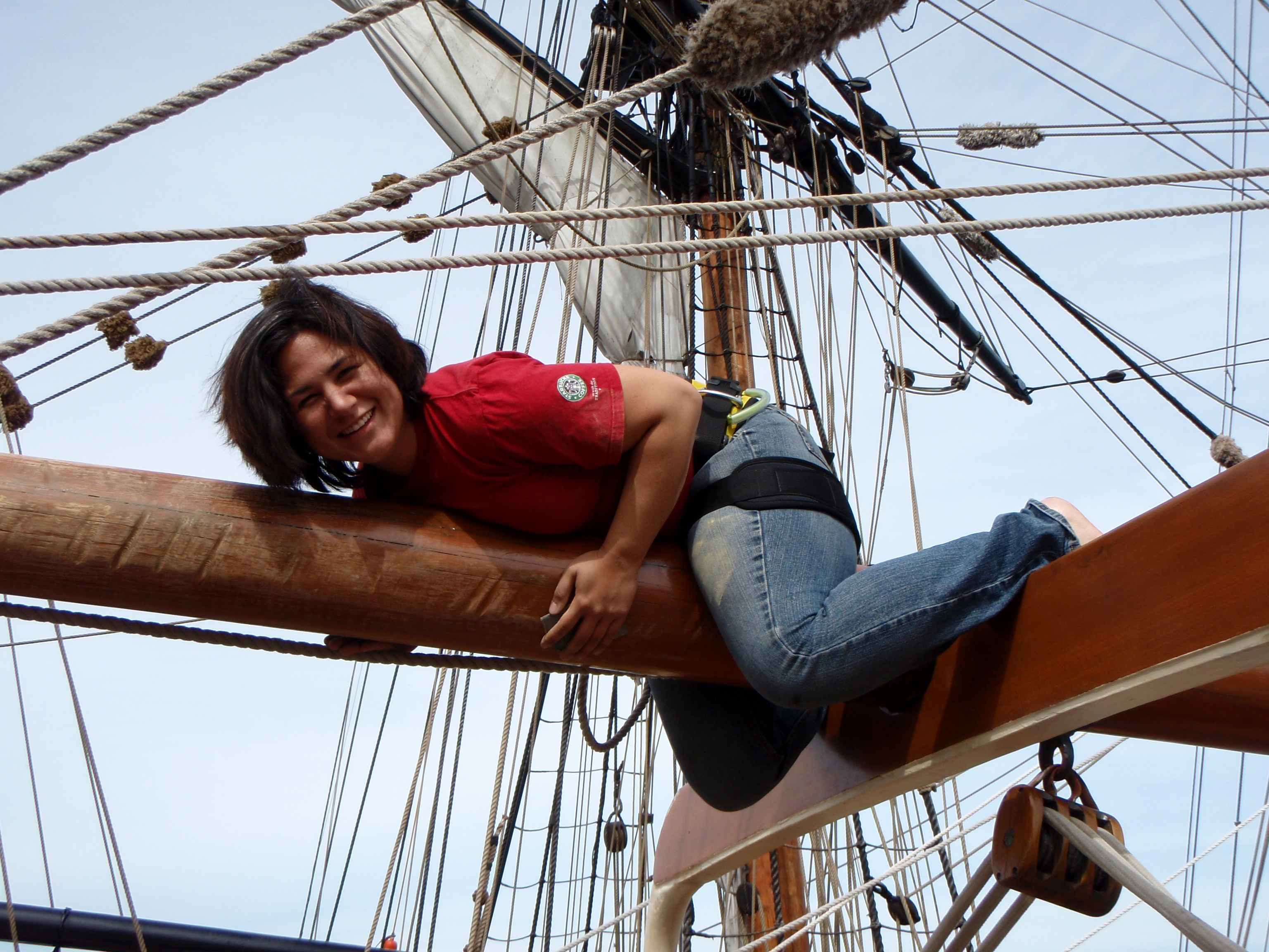 Sarita refinishing the mainboom on the Sailing Vessel Hawaiian Chieftain